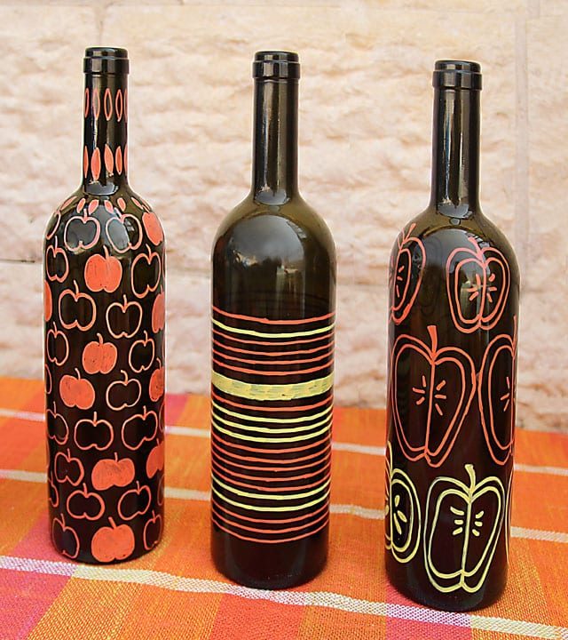 Paint Markers For Fall On Dark Wine Bottle Diy Cohas